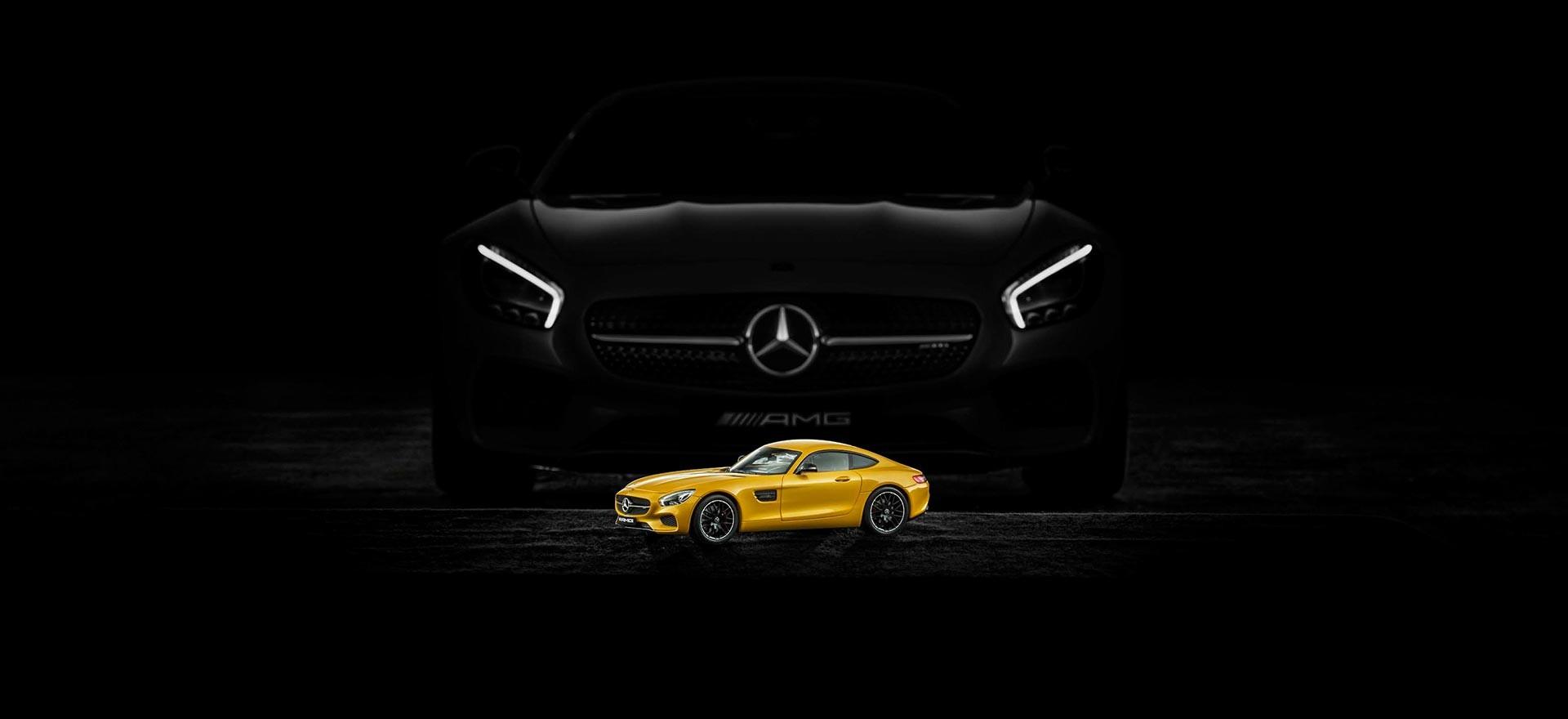 Accessori e abbigliamento della collezione Mercedes-Benz